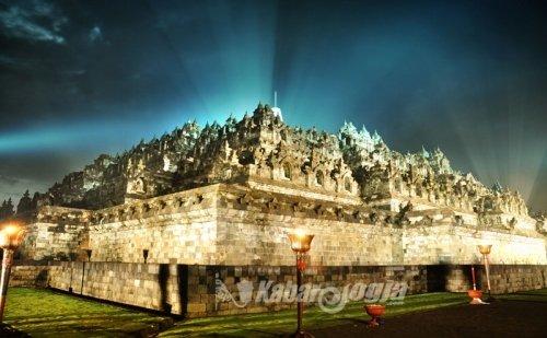 Borobudur adalah nama sebuah candi Buddha