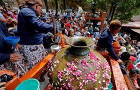 Kirab Budaya & Tradisi Upacara Nguras Enceh (21-22 September 2017)