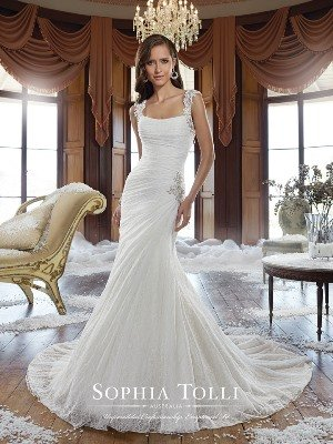Chic Thick Strap Wedding Dresses