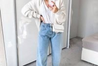 slouchy-pants-and-jeans-outfits-to-try